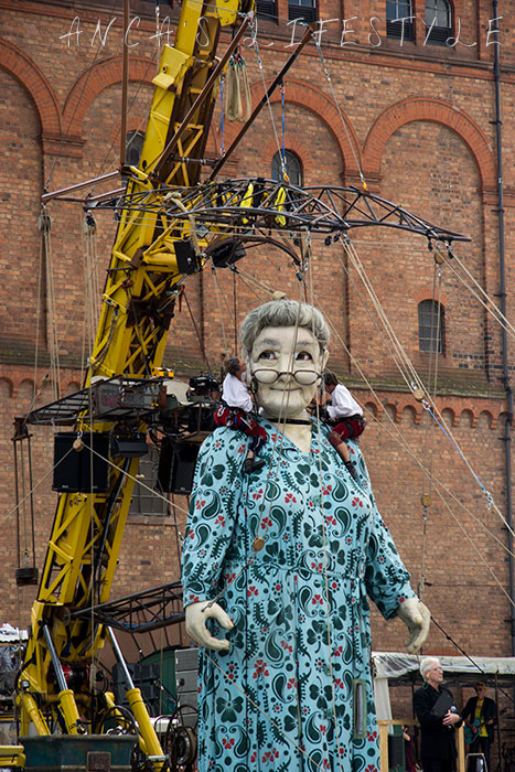 giants liverpool event 2014 12