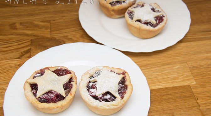 01 Mince pies GBBO