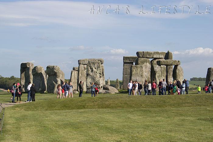 09 Stonehenge