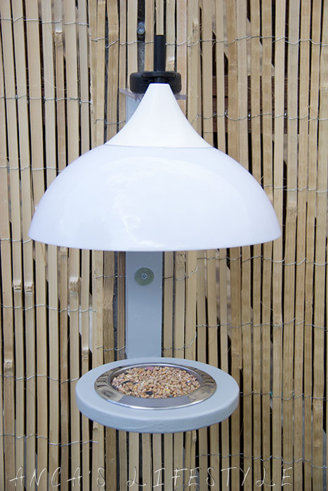 12 Garden decor bird feeder with lights
