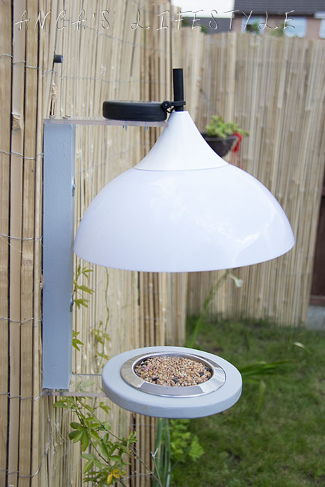 13 Garden decor bird feeder with lights
