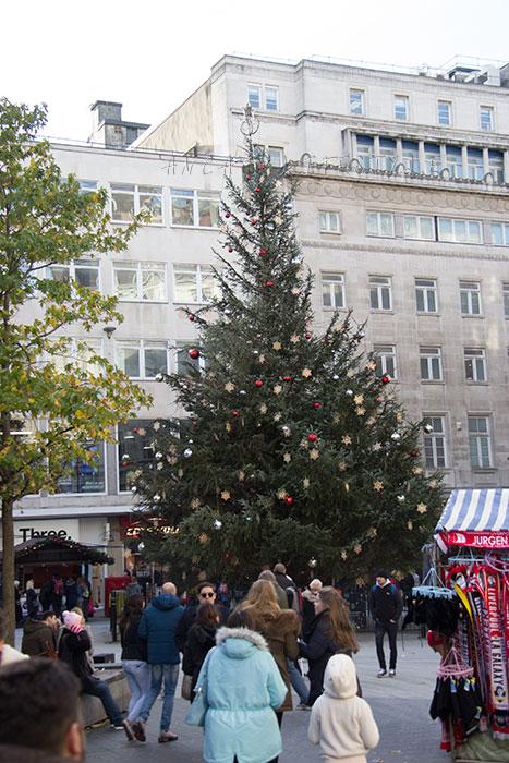 22 Liverpool Christmas tree 2015