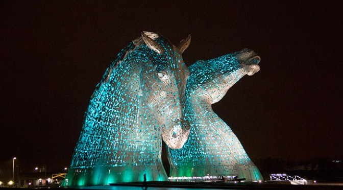 01-the-kelpies-at-night