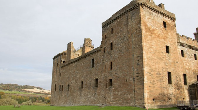 01-linlithgow-palace