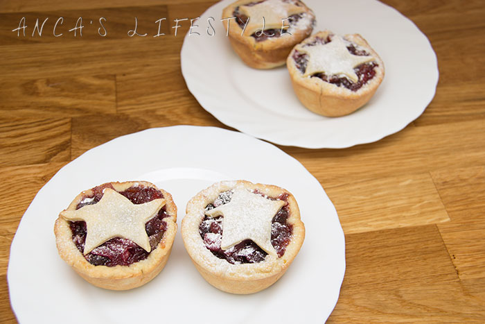 01-mince-pies-gbbo