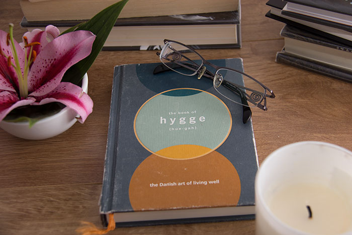The book of Hygge. The Danish art of living well by Louisa Thomsen Brits
