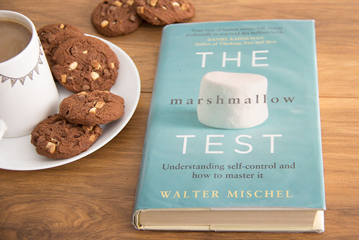 The Marshmallow Test. Understanding self-control and how to master it by Walter Mischel
