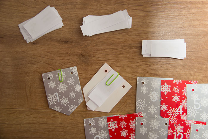 How to clip the paper cuts on the cards