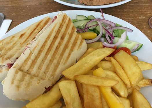 Vegetarian lunch at Peak View Tearooms