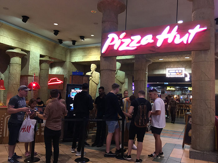 Pizza Hut intu Trafford