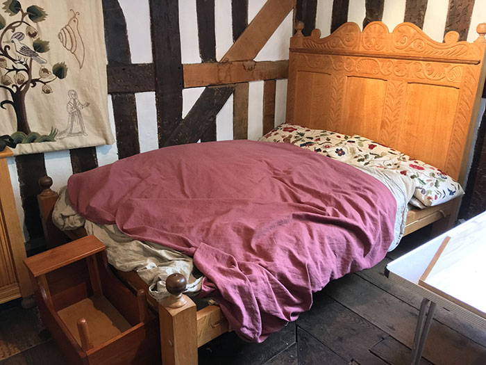 Ford Green Hall. Bedroom