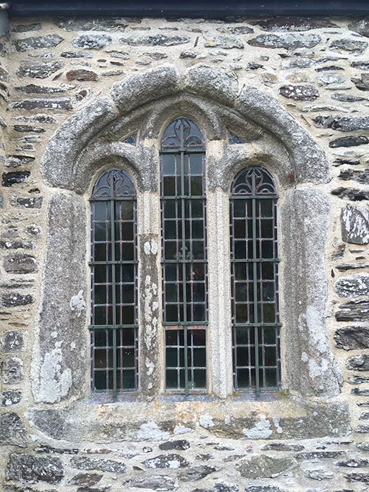 Gunwalloe Church. St. Winwaloe. The churhc of the storms. Window