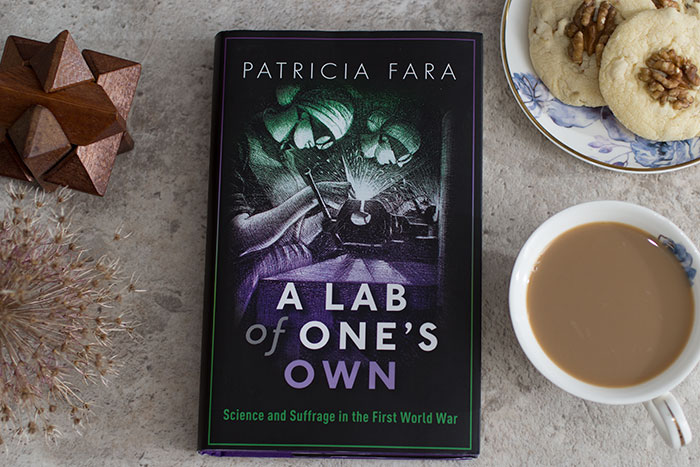 Books You Should Read: A Lab of One's Own by Patricia Fara