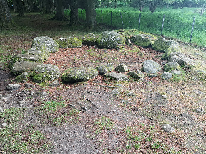 Stone cirle at Clava Cairns