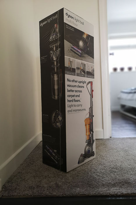 Dyson Light Ball Multi Floor in package