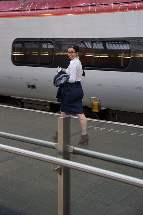Photo shoot train station 05