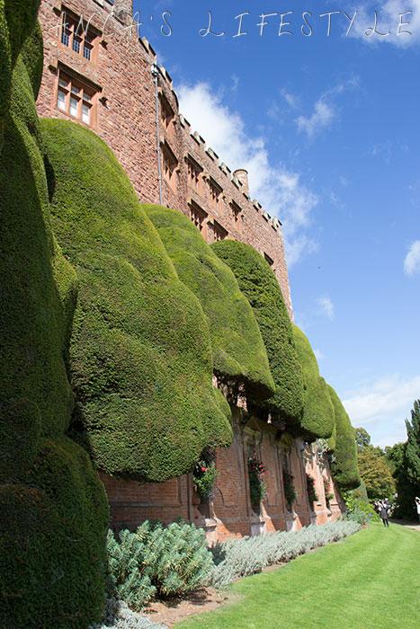 powis castle 15