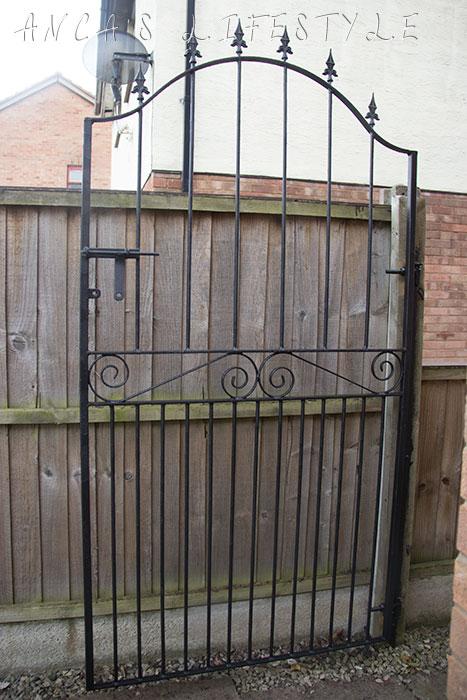 09 garden gate diy