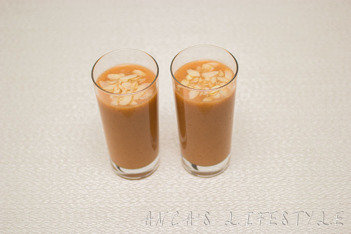 06 Carrot, apple and cinnamon smoothie