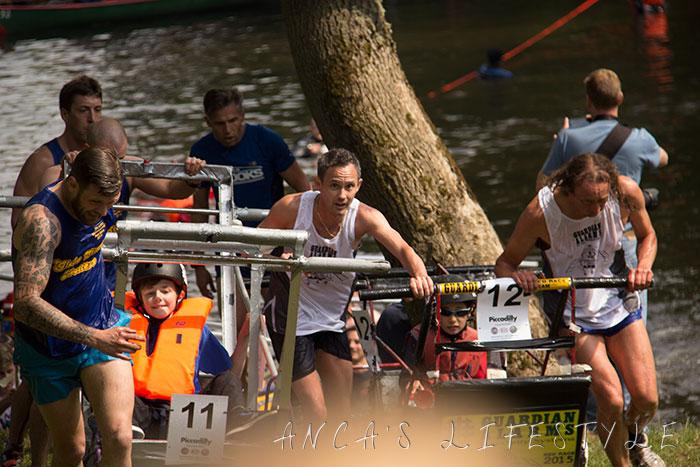 26 Knaresborough  bed race