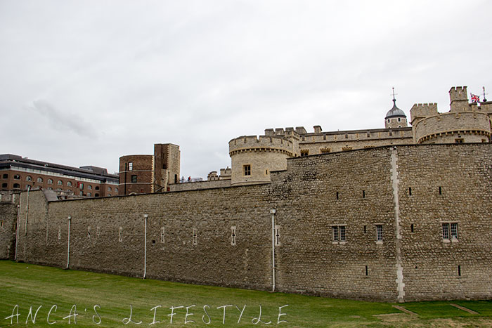 04 Tower of London and Tower Bridge
