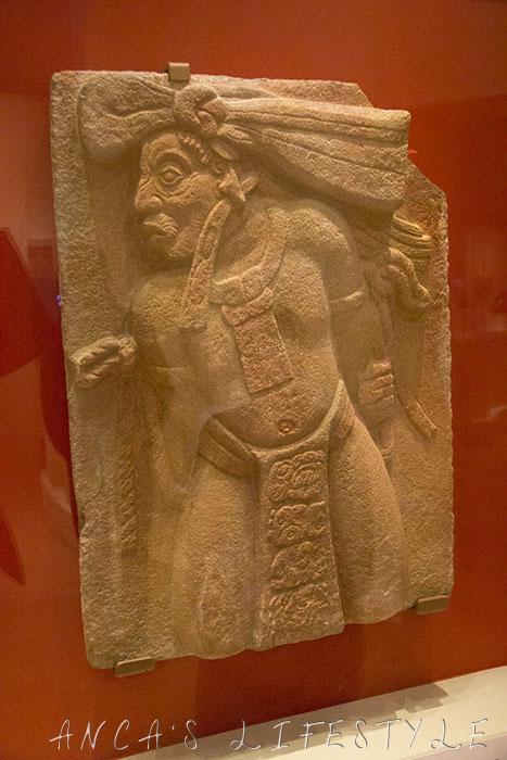 05 Mayas revelation of an endless time Tonina prisoner