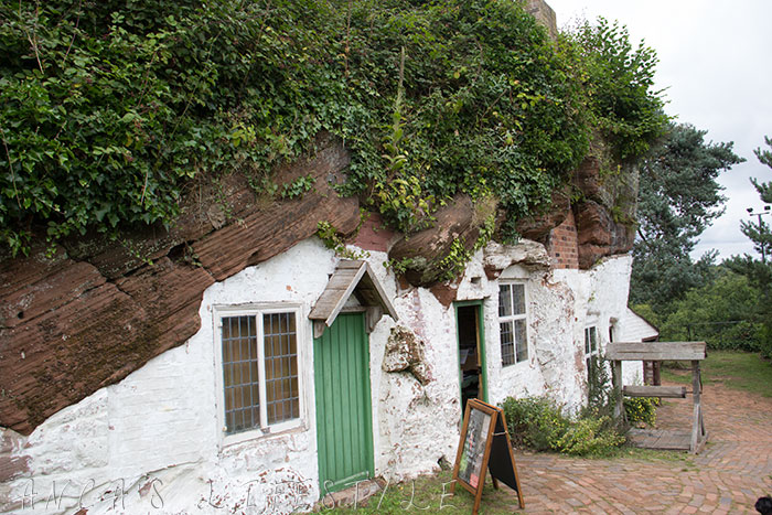 01 Rock Houses