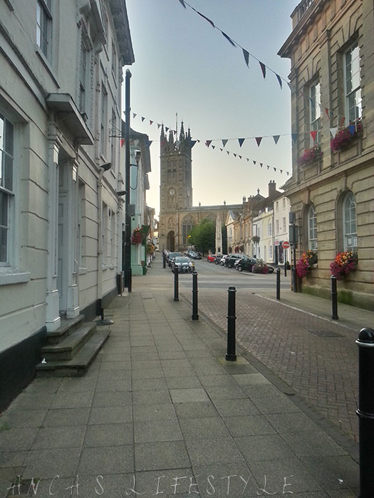 07 Warwick