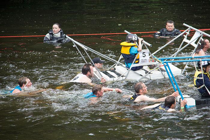 12 Knaresborough Bed race