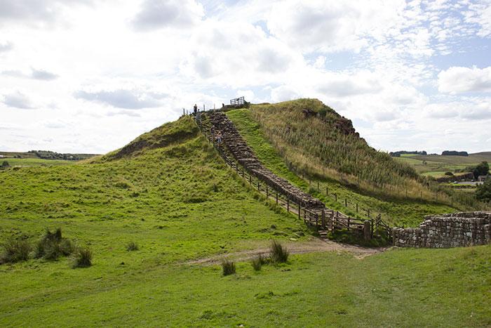 23 Hadrians Wall