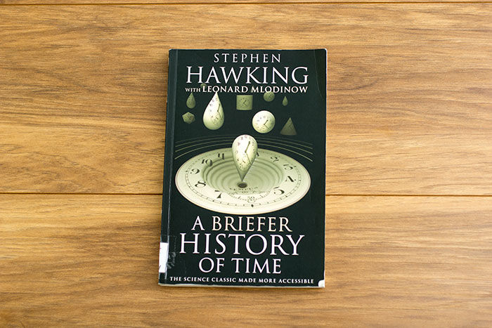 A Briefer History of time. The Science Classic Made More Accessible by Stephen Hawking with Leonard Mlodinow