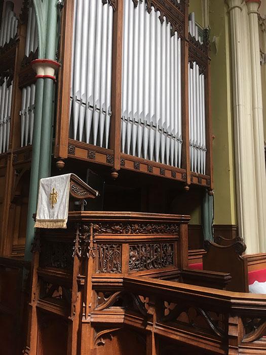 St Michaels. The Cast Iron Church - the organ
