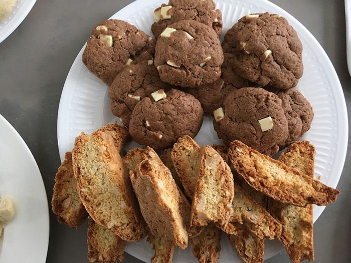 Chocolate Cookies and Jugu