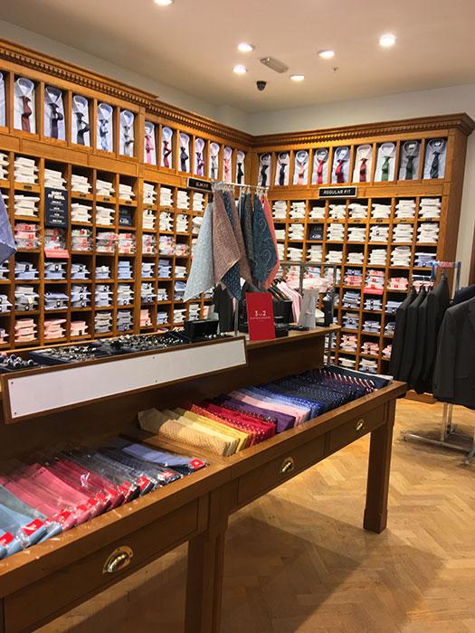 TMLewin at Metquarter. Inside the shop