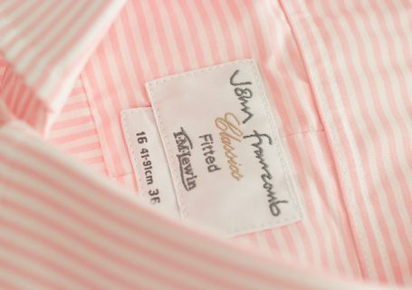 TMLewin label detail