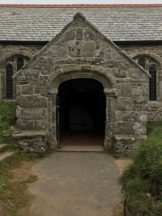 Gunwalloe Church. St. Winwaloe. The churhc of the storms. Entrance