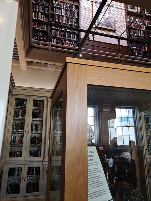 Library at the Liverpool Medical Institution