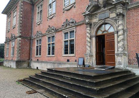 Entrance to Tredegar House