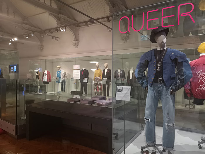 Queer fashion