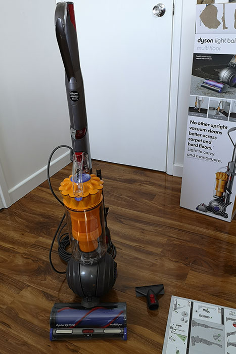 Dyson Light Ball Multi Floor, set up